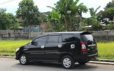 Innova G Luxury Th'2012 manual + istimewa